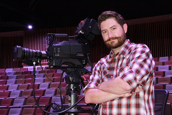 2018/6/6: OAK HILLS CHURCH MAKES AUTHENTIC CONNECTIONS  WITH IKEGAMI HC-HD300 CMOS CAMERAS